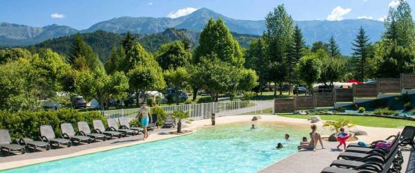 Camping Alpes-de-Haute-Provence au CAMPING LES PRAIRIES