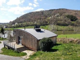 Camping Cantal *** à MENET Auvergne