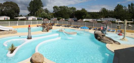 Camping Finistère au CAMPING LES BRUYERES